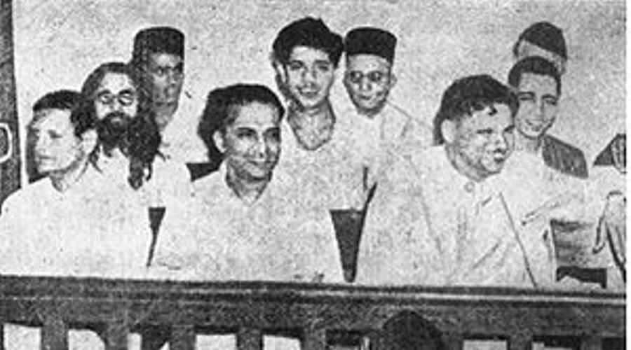 'Bharatratna' Savarkar!